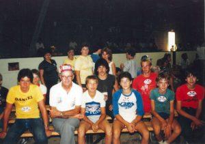 Fernand Dutremble et les juniors de 1983 au Championnat au lac St-Jean.