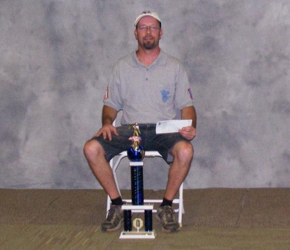 Martin Favreau et son trophée.