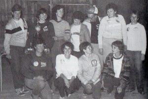 Avec le groupe du Championnat Féminin 1982 (au moins 5 championnes du Québec).